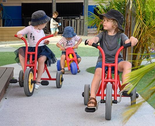 Chinderah-Offspring-bike-riding